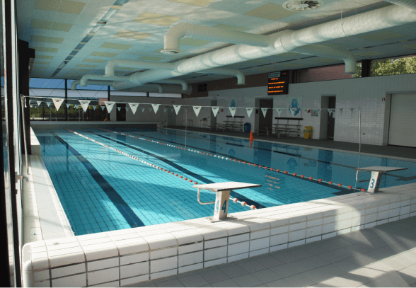 Nieuw binnenbad tilburg bertens bouw for Binnenzwembad bouwen